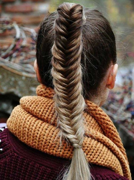 [/userfiles/files/High-Fishtail-Ponytail%281%29.jpg]